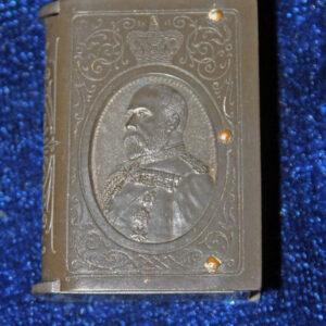 Edward the V11 Bakelite Vesta/Match Safe – Edward in profile